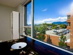 Spacious 1bdrm at the Stylish Yorkville!