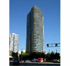 South West Corner Suite with Panoramic View of False Creek, City and Mountains in Yaletown, 3 Bedroom Condo.