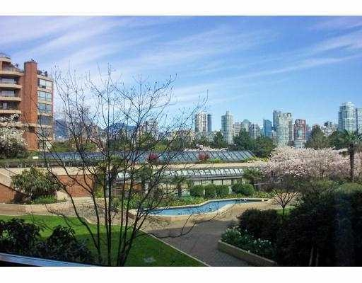 106 1490 Pennyfarthing Drive | Harbour Cove | Granville Island | Vancouver Condo