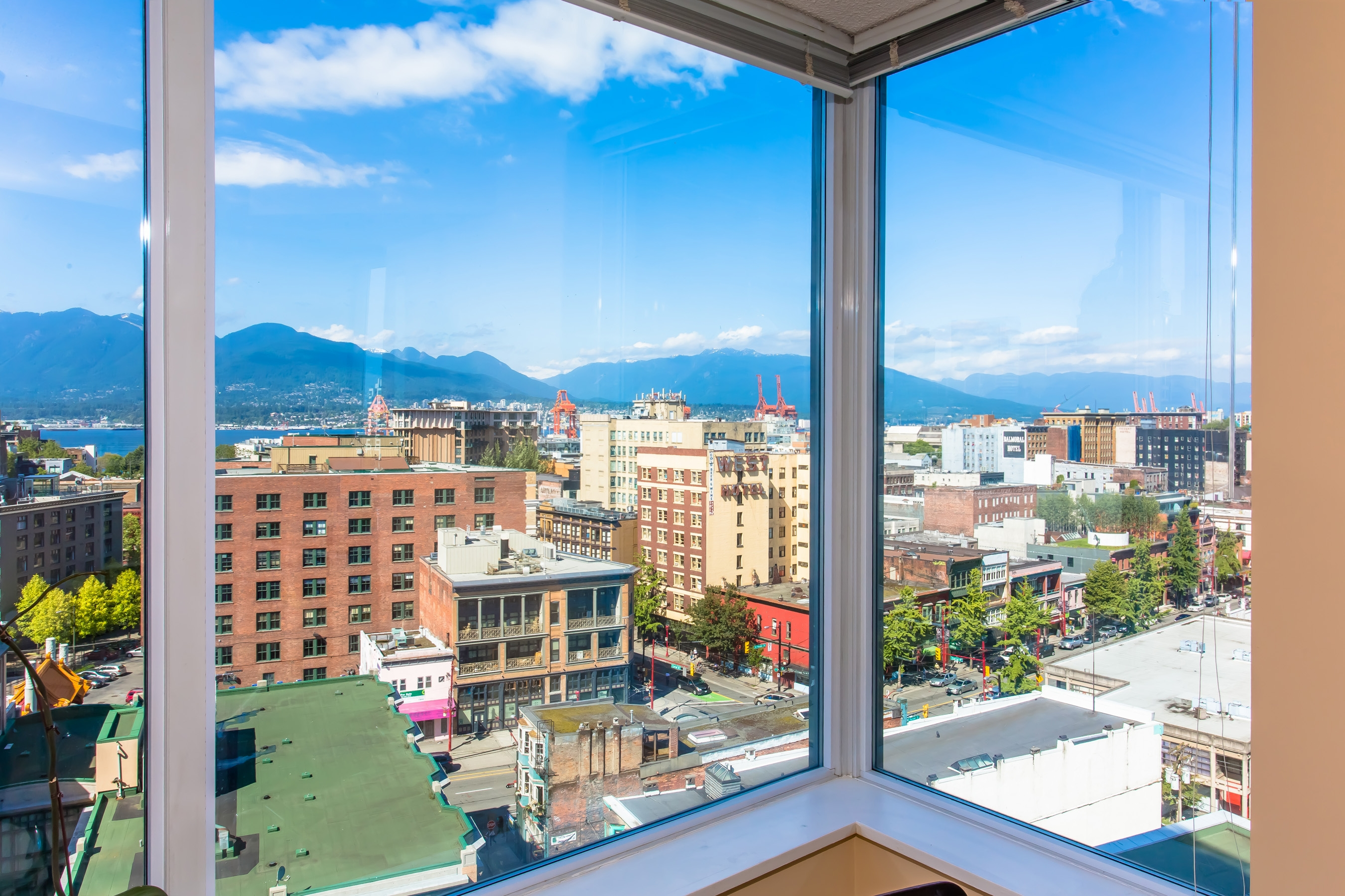 1507-550 Taylor Street | The Taylor | Gastown | Vancouver West