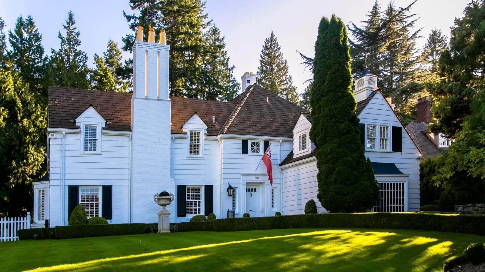 Amazing Houses For Sale Vancouver Mls Real Estate Listings Mike Stewart Home Interior And Landscaping Mentranervesignezvosmurscom