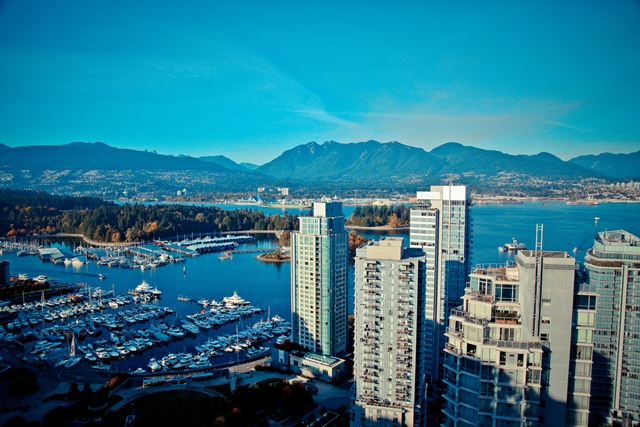 the-views-coal-harbour-water-mountains