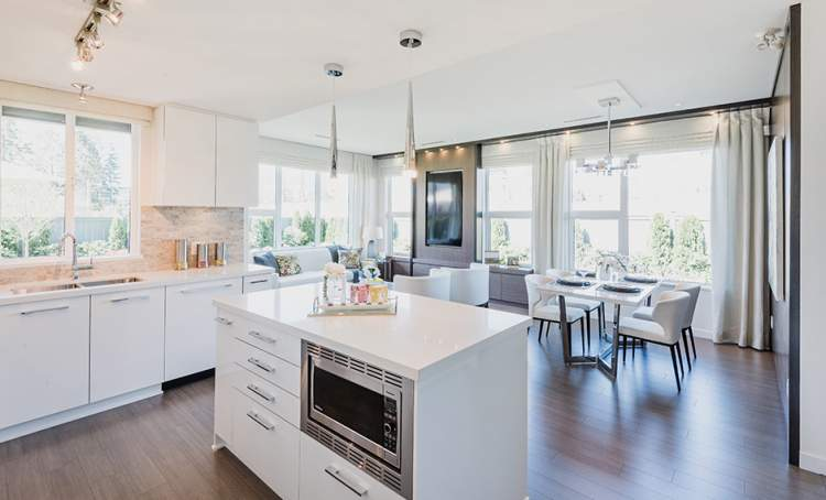 This well-designed Berkeley House Kitchen from Polygon Homes will inspire culinary creativity.