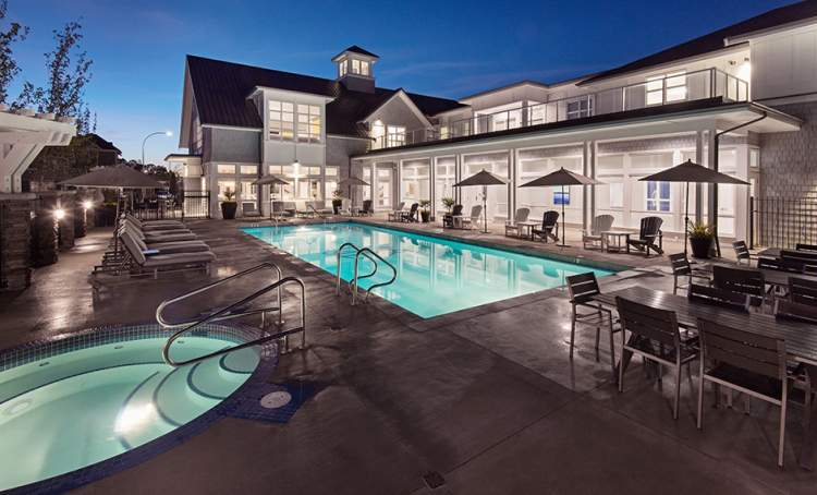 Beaufort Landing residents will enjoy resort-like amenities of The Hampton Club.