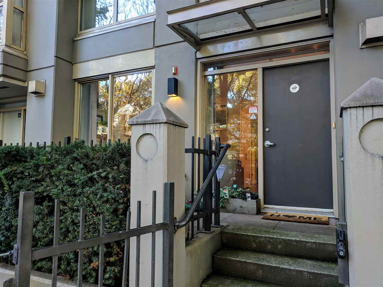 Downtown Vancouver Townhomes For Sale