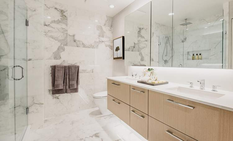 Pamper yourself in a spa-inspired master bedroom en suite.