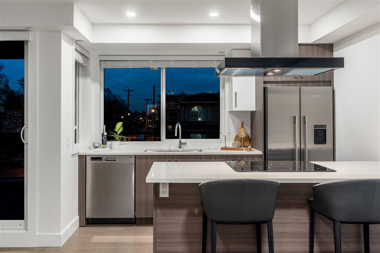 Norquay 9 offers kitchens for culinary enthusiasts.