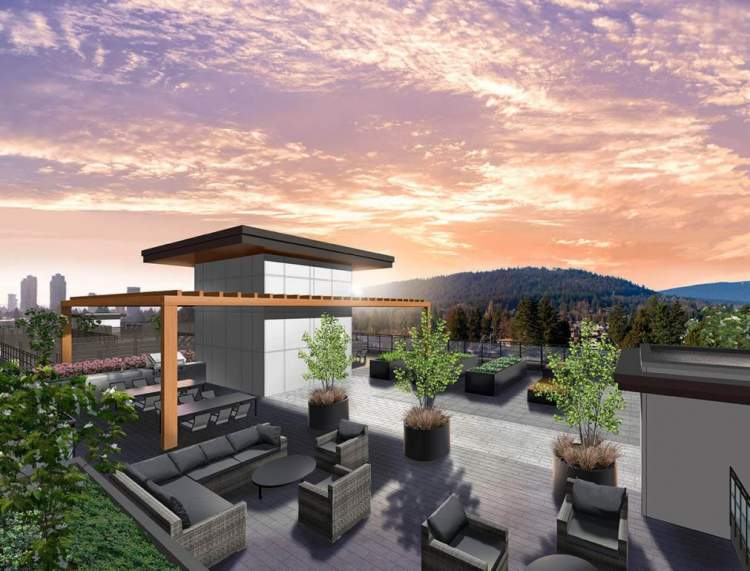 360° views fr0om the 3,300-square-foot rooftop deck for relaxing and entertaining.
