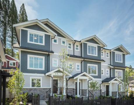 New 3- & 4-bedroom Mountain View Townhomes In Sullivan, Surrey. Selling Now!