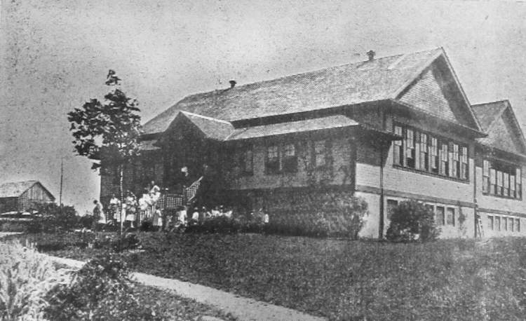 Historic photo of Langley's Murrayville Elementary School which was first built in 1911.