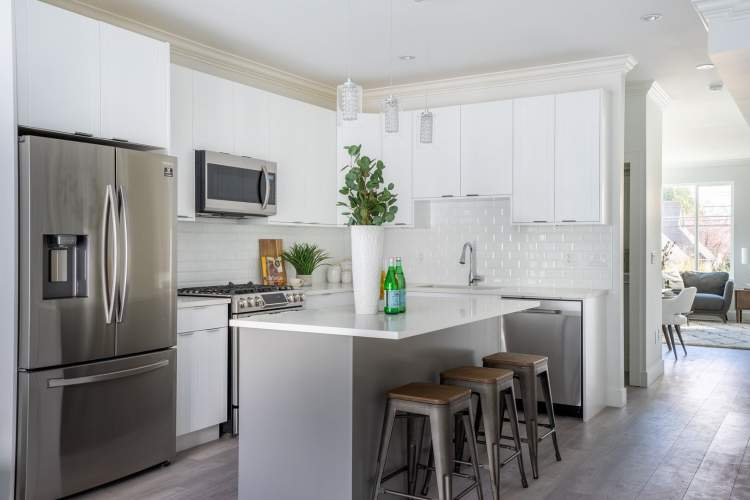 With no detail overlooked, these gorgeous 3-bedroom townhomes offer exquisite quality.