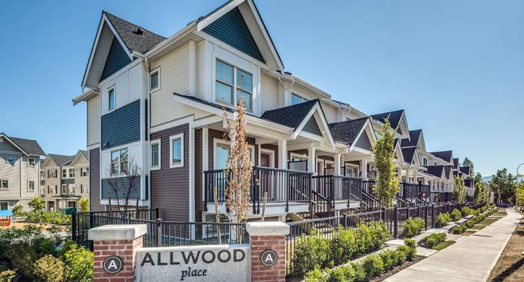 A collection of 2- and 3-bedroom townhomes in the heart of downtown Abbotsford from Onni Group.