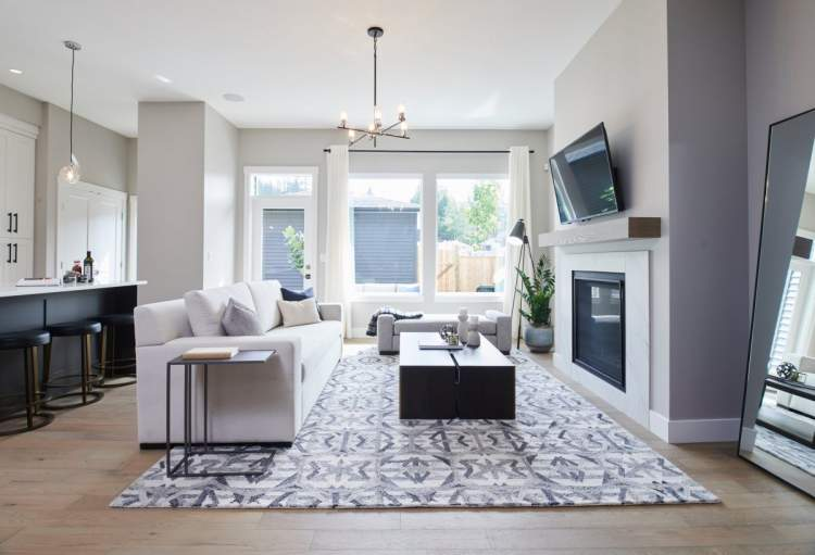 Large, open layouts with rich, engineered hardwood flooring and two specially-curated colour schemes.