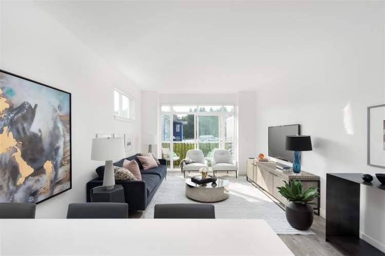 Cristina Oberti Interior Design created a contemporary West Coast style for Smith+Norfolk.