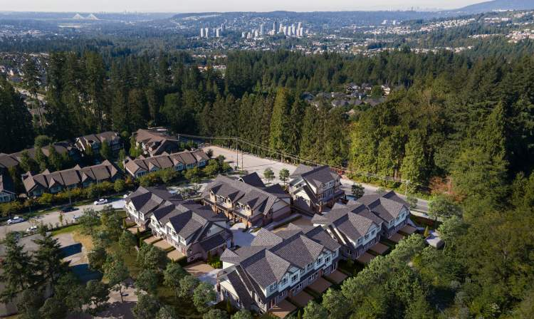 Surrounded by lush forest on Burke Mountain, Timber Ridge is a thoughtfully-planned collection of townhomes that gives families room to grow.