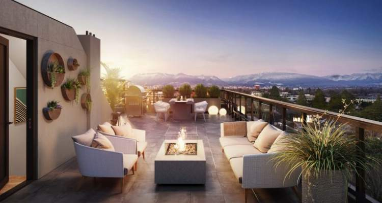 Many homes have private rooftop decks with sweeping views of the skyline and the North Shore mountains.