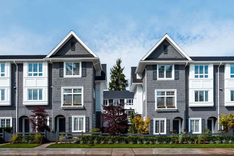 A new collection of 3- & 4-bedroom townhomes ideally located near Guildford Town Centre mall.