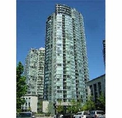 Bright Southwest view 1-Bedroom & Den in one of the best buildings in the Beach Crescent community.